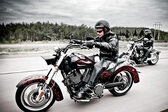 Użyteczne akcesoria dla każdego motocyklisty