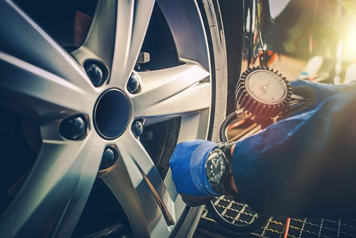 Co warto wiedzieć o oponach samochodowych i ich wymianie